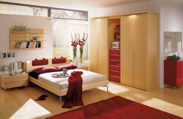 Phòng ngủ có ban công, có cửa sổ kính trong phòng ngủ làm tăng mức tiêu thụ năng lượng khiến cơ thể mệt mỏi